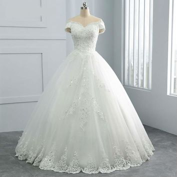 Pearls Beaded Ball Gown Wedding Dresses New Design Sequin Lace Cap Sleeve Princess Wedding Dress