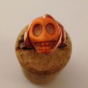 Orange Skull Ring - Orange and Copper Ring - Adjustable Ring - Halloween Ring - Horror Jewelry - Day of the Dead - Howlite Skull Ring