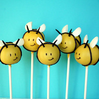 12 Baby Bumble Bee Cake Pops - for baby shower, mom-to-bee, party favor, birthday, gender reveal, teacher, Winnie the Pooh, yellow jacket