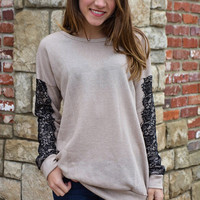 Love on my Lace Sleeve - Camel