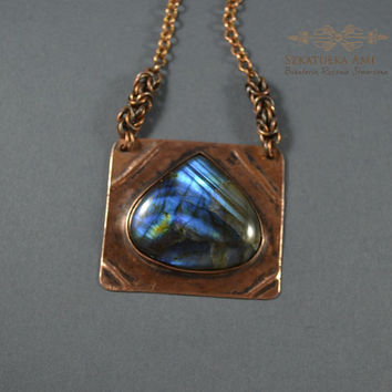 Stone labradorite in the copper metal plate  necklace of the metal sheet  necklace with the stone  pendant labradorite  blue labradorite