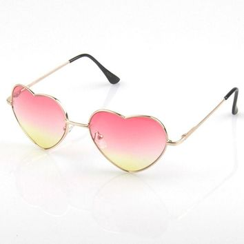 Lovely Heart Gradient Glasses Fashion Ladies Sunglasses [6592751043]