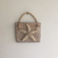 Starfish Wall Hanging/ Beach Decor/ Driftwood Wall Hanging/ Ocean Decor/ Driftwood Decor/ Coastal Decor/ Nautical Home Decor/ Natural Gift