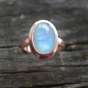 Natural Rainbow Moonstone Solid Yellow Gold Ring - Blue Moonstone 14 KT Solid Rose Gold Ring - Bridal Yellow Gold Stackable Ring - Fine Ring