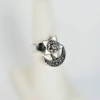 Marcasite Moon and Star Ring - Moving Moon Ring Size 6.5 - Vintage Sterling Crescent Moon Ring - Marcasite Sterling Spin Ring