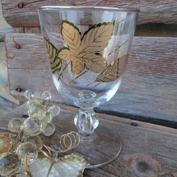 4 Mid Century Mad men Era bar cart glasses, Hollywood Regency wine glasses, MCM gold embossed goblets, gold leaf cordials, vintage glassware