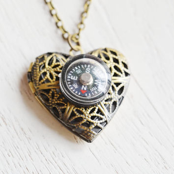 never lost compass locket,working compass locket pendant,friendship,graduation gift,bridesmaid necklace,long necklace,direction necklace