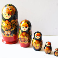 Russian Matryoshka doll babushka nesting set of 5