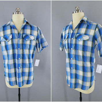 1960s Vintage Shirt / 60s Short Sleeve Summer Shirt / Pen West Sportswear / Casual Shirt / Country Club / Blue Plaid
