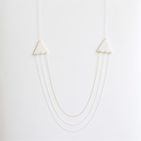 A e t n a - Simple geometric jewelry - Unglazed white porcelain necklace - Triangle shape - Eleïa Collection
