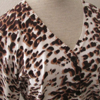 14-1009 V Neck Leopard Sweater / 3/4 Sleeve Leopard Sweater / Pin Up Girl Sweater / Rockabilly Sweater / Cheetah Print Sweater