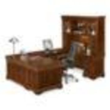 U Shaped Desk with Right Return and Hutch