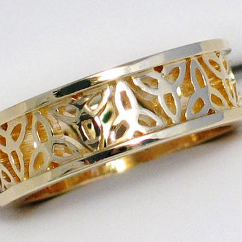 Beautiful Filigree 14kt gold Celtic Eternity Trinity knot  wedding ring band wide at 6.4 mm SIZE 5.75
