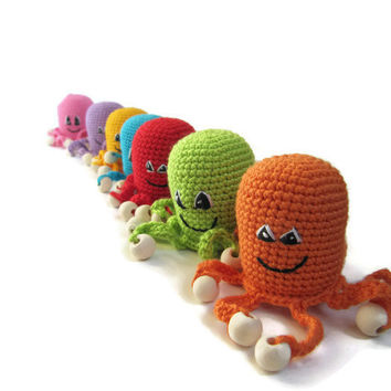 Baby Toy Rattle purple Octopus crochet Toddler gift Baby shower grasping boy gift Sensory Cute nursery animal toys fun boy gift noise maker