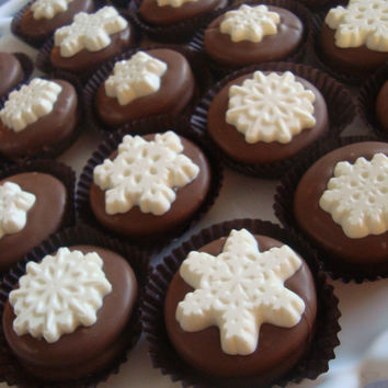 12 Christmas Snowflakes Milk Chocolate Dipped Oreo Cookie Favors Holiday Frozen Birthday