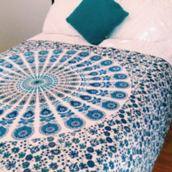 """Psychedelic Mandala Tapestry Hippie Bedding Indian Ethnic Bohemian Beach Throw Gypsy Bedspread 55X80"""" Small Cotton Bed Sheet"""