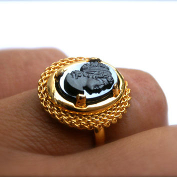 Cameo Ring Adjustable Band Vintage Czech Glass Hematite Oval Cabochon, Black and Gold Ring