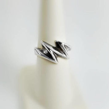 Zig Zag Ring - Sterling Silver Lightning Bolt Ring Size 6.75 - Chunky Silver RIng - Taxco Sterling Ring - Native American - Retro Ring