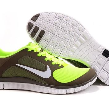 Women's Nike Free 4.0 V3 Shoes Olive Khaki White Volt