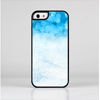 The Winter Blue Abstract Unfocused Skin-Sert for the Apple iPhone 5-5s Skin-Sert Case