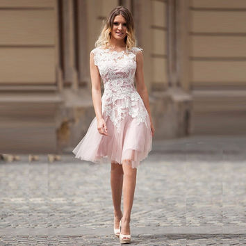 Robe de Soiree Courte Short Pink Lace Bridesmaid Dresses with White Applique Cheap Prom Party Dress Vestido de Noche Custom Made