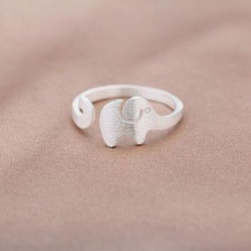 925 Sterling Silver Tiny Elephant Ring