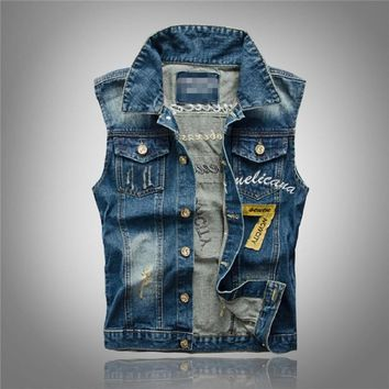 Denim Jeans Vest Men Letter Embroidery Male Jeans Waistcoat Hole Washed Cowboy Jeans Denim Vest Sleeveless Plus Size 3XL,PA075