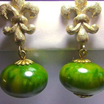 Fleur De Lis Bakelite Dangle Earrings, Marbled Green, Gold Tone End Caps, Vintage