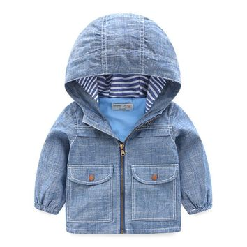 Trendy Hurave 2018 Autumn Children denim Outwear Spring Baby boys pocket Full Sleeve Jacket Kids Clothing hooded boys clothes AT_94_13