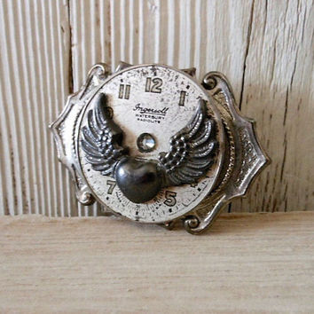 Brooch Pin Vintage Watch Dial Steampunk, Handcrafted Winged Heart Jewelry, Original Design Jewellery, Scarf Hat Accessories, Steam Punk Gift