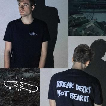 Break Decks Not Hearts Unisex Tumblr Skate Streetwear Hype Shirt Grunge Supreme Althle