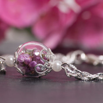 Eco Chic Real Pink Heather Flowers and Hand Blown Glass Bracelet. A Perfect Christmas Gift for Someone Special
