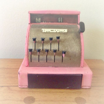 Vintage Classic Pink Toy Cash Register