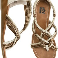 R2 BEATRIZ SANDAL > Womens > Footwear > Sandals | Swell.com