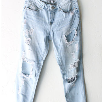 Destroyed Girlfriend Jeans