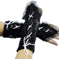 Short White Lace Up Gothic Gloves Lolita Arm Warmers