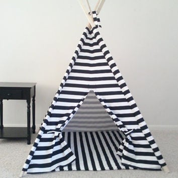 Black and White or Red and White Horizontal Stripe Tent and Mat, Tent, Kids Teepee, Play Tent Made to Order
