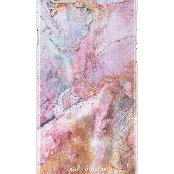 iPhone Case in Marble