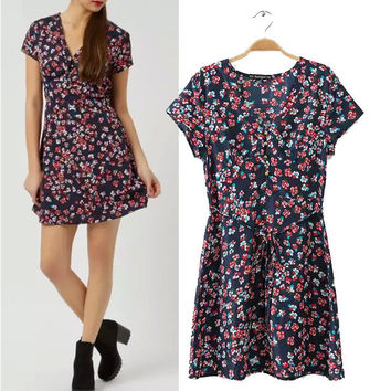 Stylish V-neck Short Sleeve Vintage Print Slim Waistband Women's Fashion One Piece Dress [5013383556]