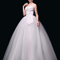 White Bow Sweetheart Wedding Dress with Crystal