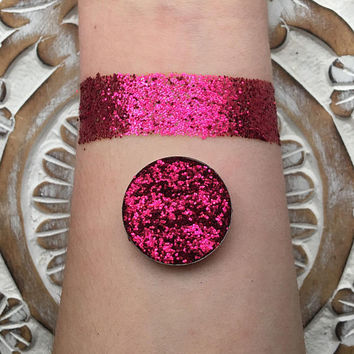 Ruby pressed glitter eyeshadow, holographic red, 26mm magnetic pan or jar