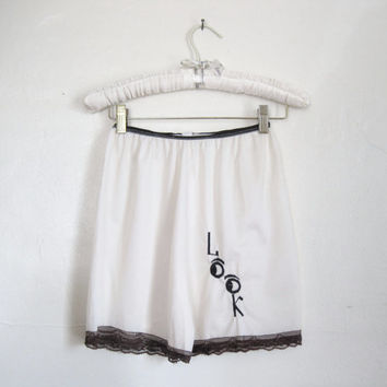 "50s Tap Pants / Embroidered Novelty Lingerie Shorts ""LOOK"""