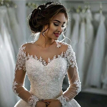 Wedding Dress Vintage Bohemian Lace Long Sleeve Wedding Dresses Ball Gown 2017 Luxury Pearls White Bridal Dress Vestido De Noiva
