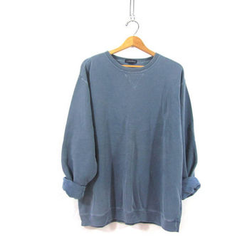20% OFF SALE...vintage faded blue sweatshirt. oversized pullover shirt with elbow patches. size XL