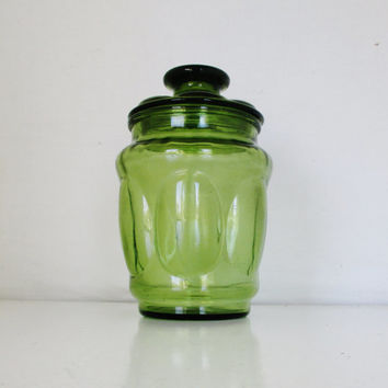 Vintage Canister Green Glass Canister Green Apothecary Jar Canister Jar Lid Glass Kitchen Canister Vintage Storage Retro Kitchen Decor Gift