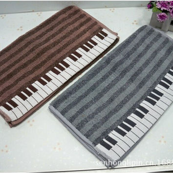1 piece cotton thickening sports soft absorbent beach Piano keyboard lovers creative towel 34 x 73 cm