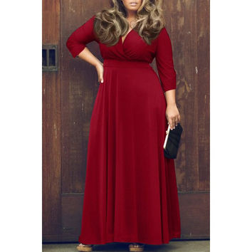A Sexy Plunging Neckline 3/4 Sleeve Plus Size Solid Color Dress