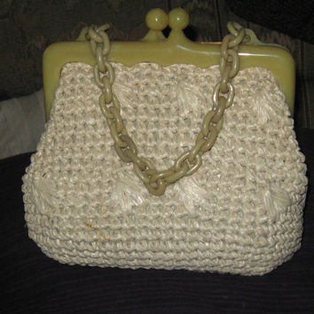 Vintage 1970 Olympic Accessory Large off white raffia handbag with lucite bakelite handles