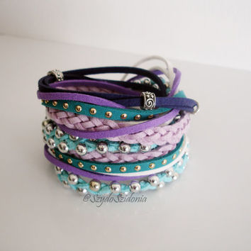 Boho - chic bracelet - double wrap suede cord bracelet with silver accent - Fast free shipping