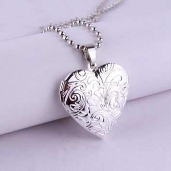 ON SALE - Tendrils Heart Locket Necklace